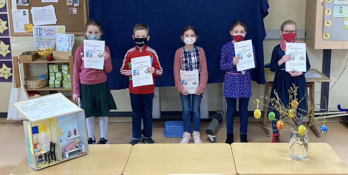 5 Kinder, die an der Leseolympiade teilgenommen haben